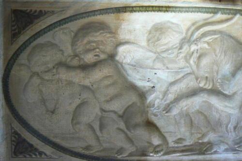 006-2007-grisaille-putti-XIX-chien-en-cours-de nettoyage